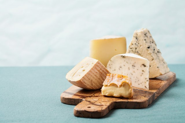 How to Eat Cheese on a Low-Carb Diet and Still Lose Weight