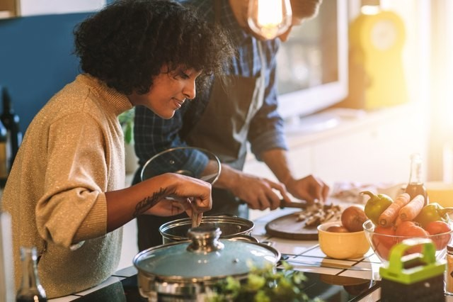 Healthy Cooking Hacks for Beginner and Expert Chefs Alike