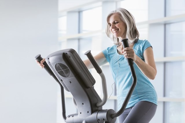 Want to Lose Weight With Elliptical Workouts? Here's Your 7-Day Kickstart Plan