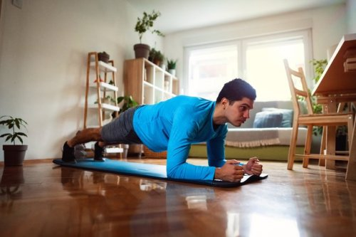 Toes Hurt During Planks? Here Are 6 Ways to Ease the Ache