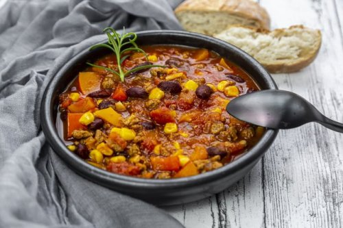 15 High-Protein Vegetarian Chili Recipes