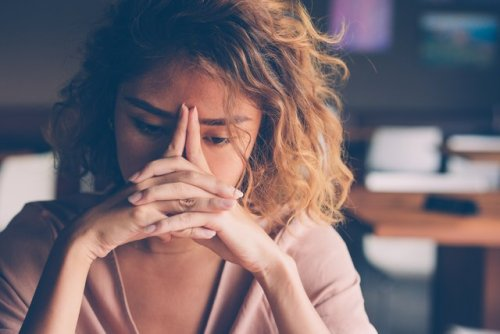 How to Spot if a Loved One Is Stressed and 4 Ways to Help