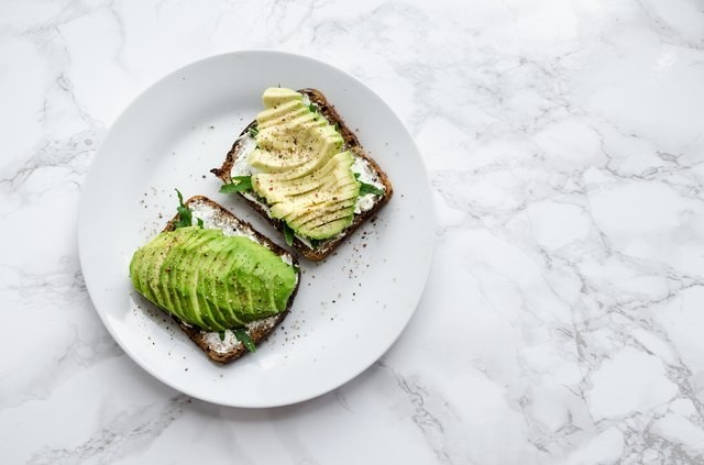 The Simple, High-Protein Tweak That Makes Avocado Toast the Ultimate Weight-Loss Breakfast