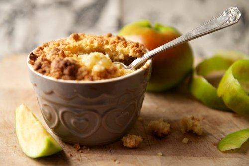 6 Gut-Healthy Desserts to Help You Use All Those Apples You Picked