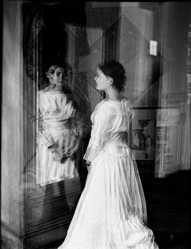 The Questionnaire : Carole Bellaïche by Carole Schmitz - The Eye of Photography Magazine
