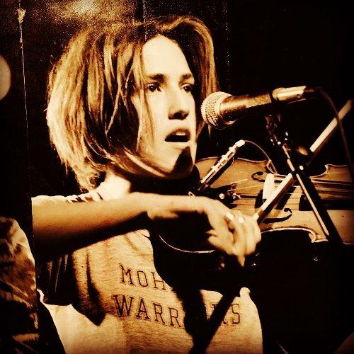Planes para el futuro, Joan As Police Woman anuncia gira para febrero del próximo año.