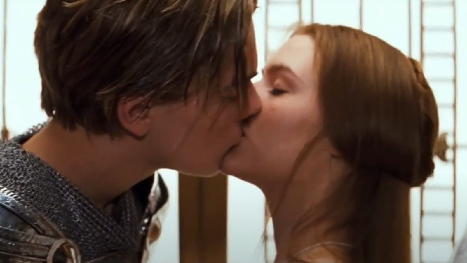 The Most Memorable First Kisses In Cinematic History