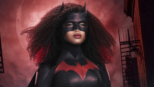 How Javicia Leslie Got Ripped To Play Batwoman