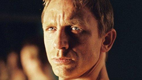 The Forgotten Daniel Craig Crime Thriller You Can Find On Netflix