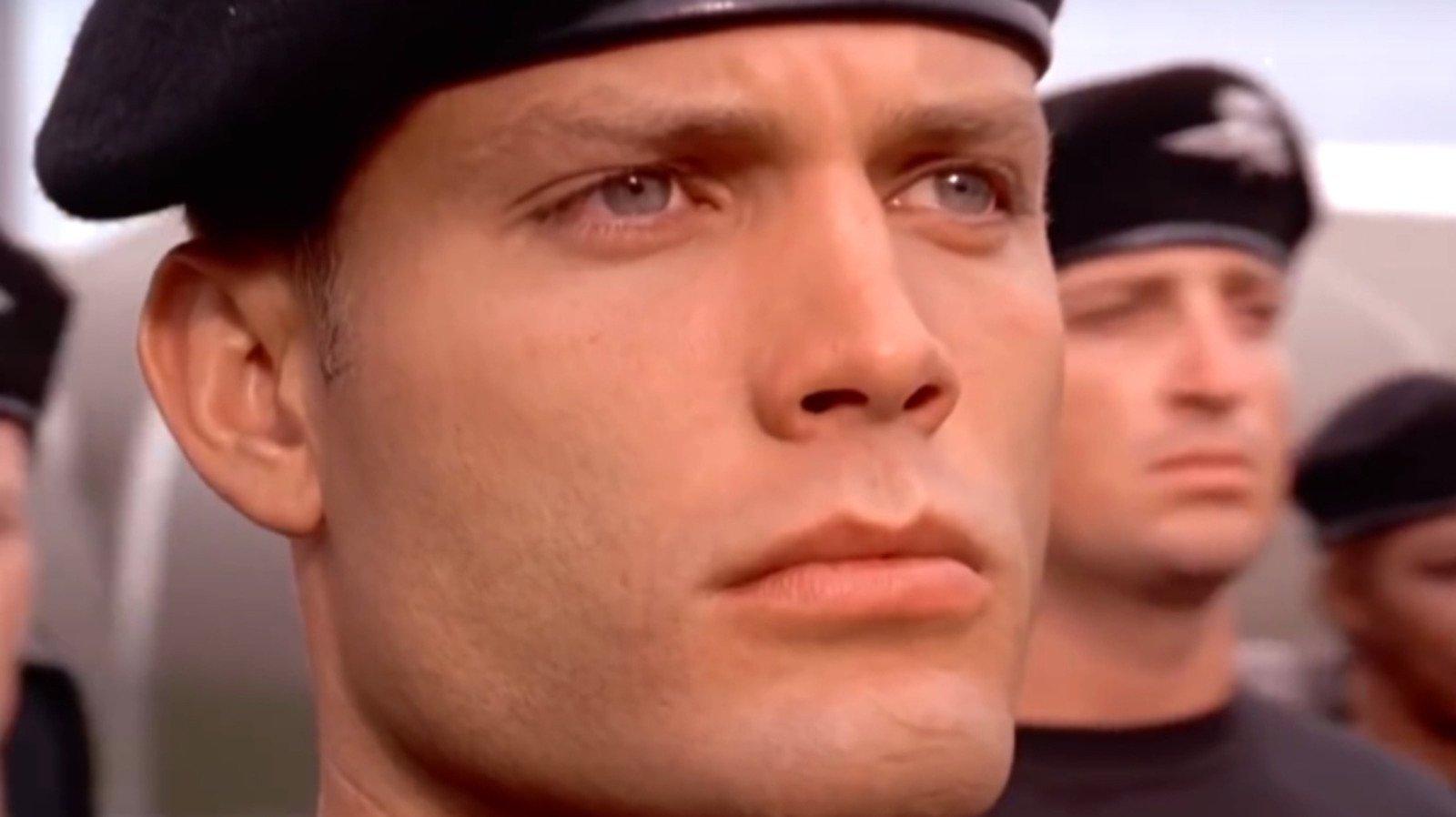 The Terrifying Injury Casper Van Dien That Sustained Making Starship Troopers