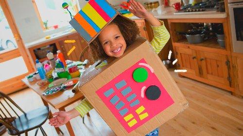 Tudo é brinquedo: 7 materiais para reciclar com as crianças