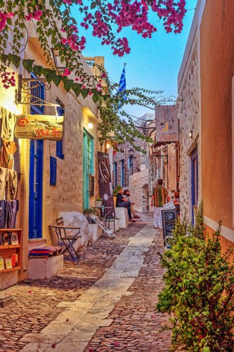 THE BEST GREEK ISLANDS TO VISIT