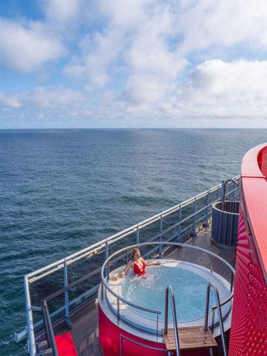 A NEW WAY OF CRUISING - VIRGIN VOYAGES SCARLET LADY CRUISE REVIEW