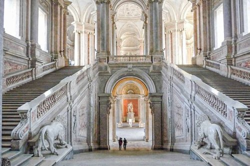 22 MOST BEAUTIFUL PALACES IN EUROPE