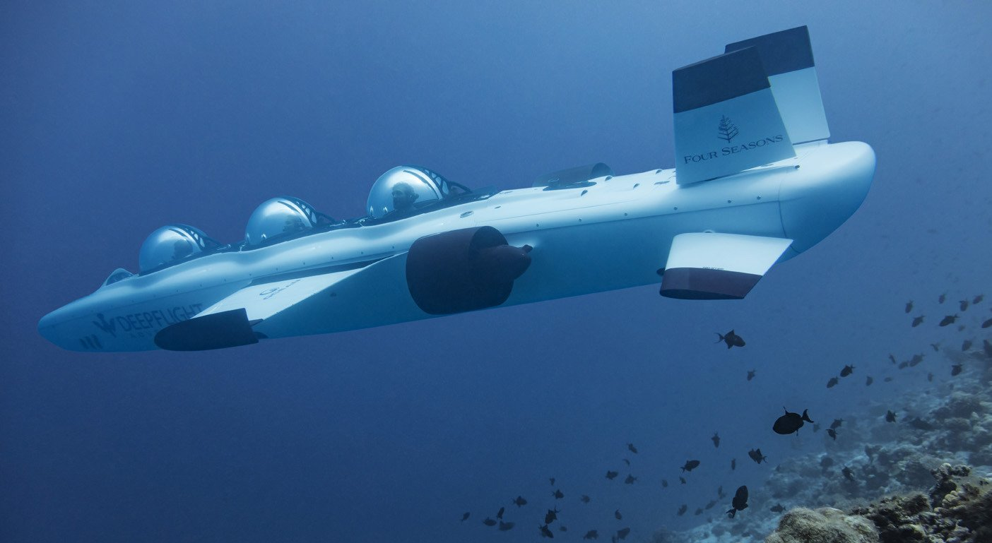 Take a closer at the blue waters in a personal submarine with the Four Seasons Maldives - Luxurylaunches