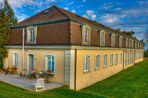 Le Rosey, Switzerland is the world's most expensive private school : Luxurylaunches