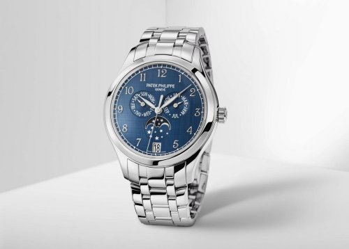 Patek Philippe debuts an all-steel Annual Calendar watch for the very first time