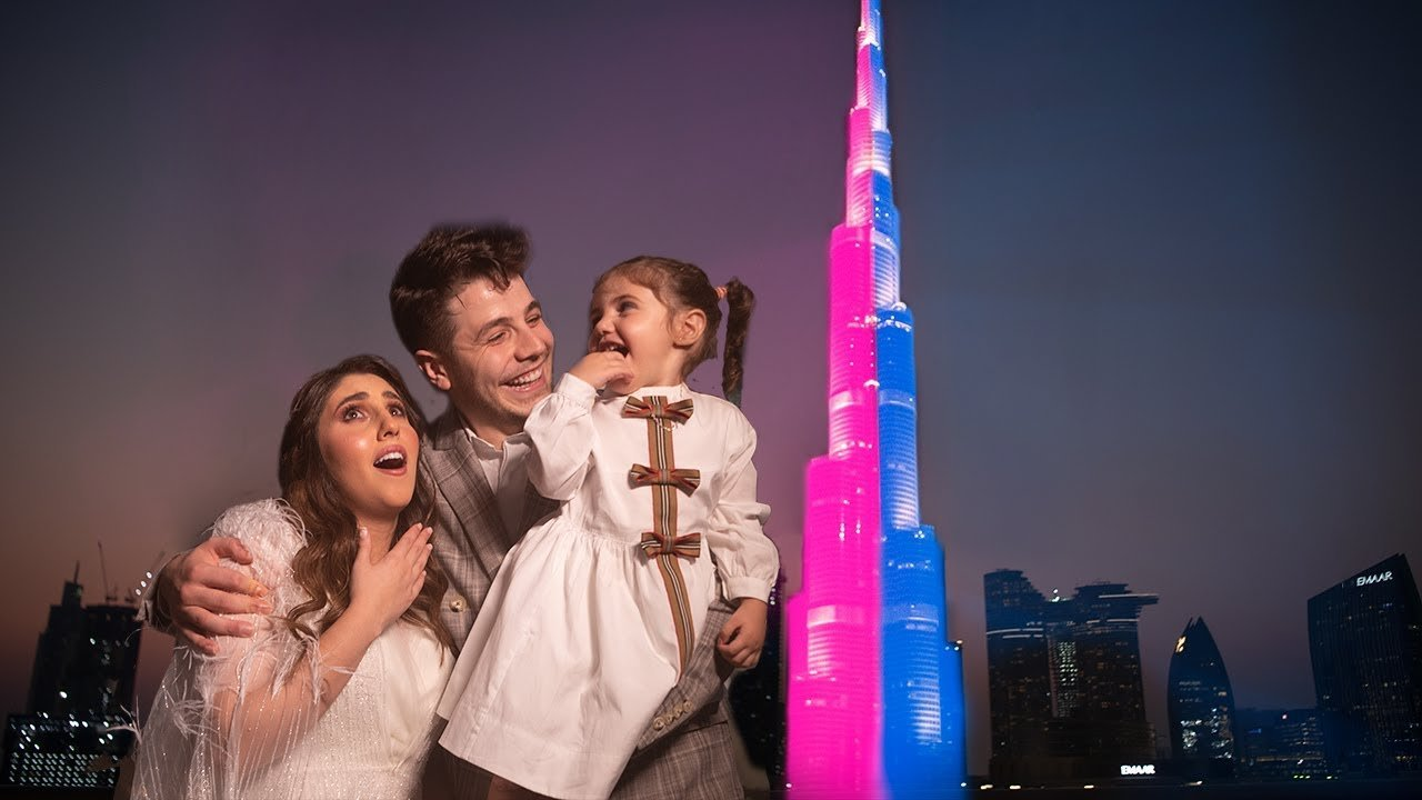 Video – In true Dubai style, a social media influencer couple projected their baby's gender reveal onto the Burj Khalifa