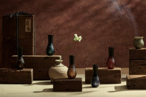 From the bazaars of Morocco to the rain forests of Indonesia – Aman Resorts has launched a line of fragrances that reverberate the distinguished character of its unparalleled destinations