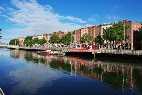 Taking on Ireland: A guide to the Emerald Isle's must-visit places