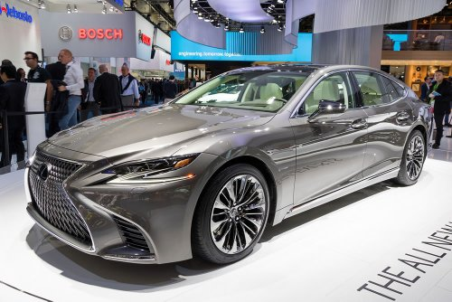 4 luxury cars that retain their value well