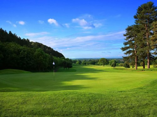 The best luxury hotels for a 5-star autumn golf break in the UK