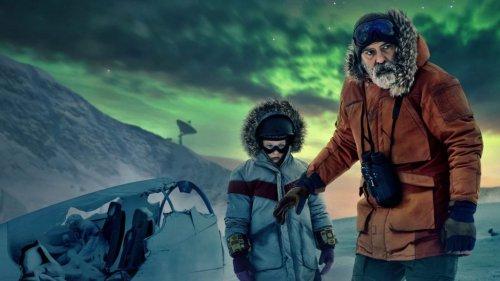 George Clooney's 'The Midnight Sky' puts Netflix in Oscar Race: Critics Rave