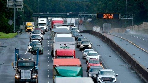 Traffic blocked on I-475 through Macon after crash shuts down northbound lanes