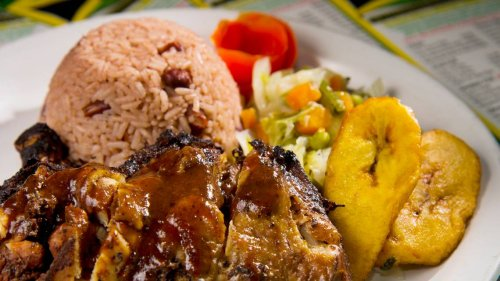 Looking for a great dish of Jamaican jerk chicken? Try this WA restaurant, Yelp says