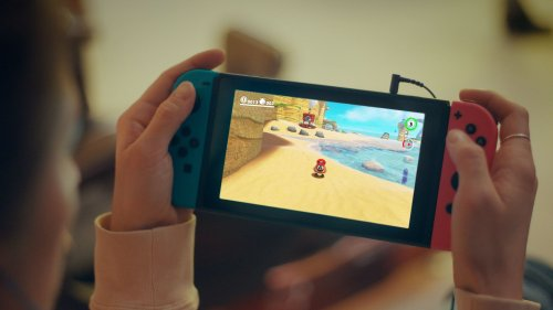 Sketchy Rumor Claims Apple Developing Nintendo Switch-Style Gaming Console