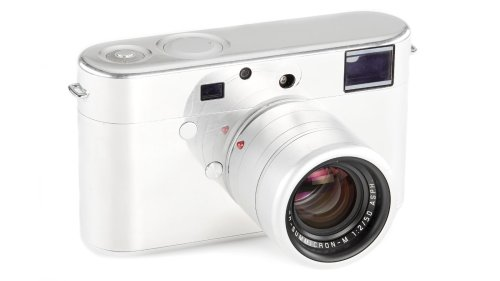 Leica Camera From Former Apple Designers Jony Ive and Mark Newson Heading to Auction