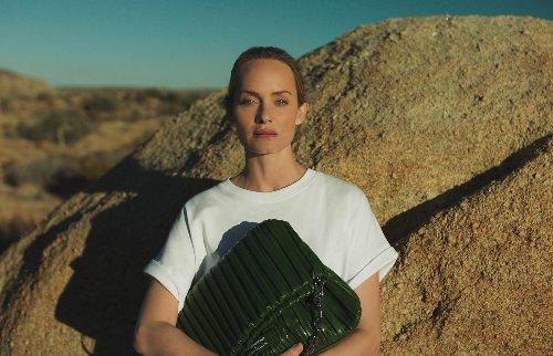 Unsere neue Taschenliebe: KARL LAGERFELD x Amber Valletta