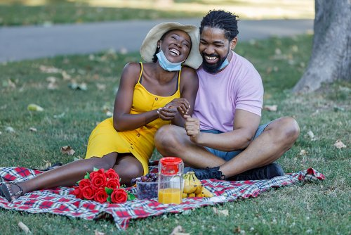 Experts At Hinge Explain Why Now Is A Great Time To Find Love | MadameNoire