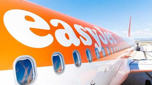 easyJet increases number of seats on routes from the UK to Portugal