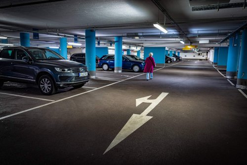 Deutschland: Erstes Parkhaus verbietet Elektroautos und Hybride