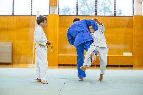 7-Jähriger in Judo-Stunde ins Koma geschleudert