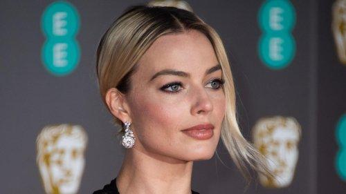 OMG! Hollywood-Superstar Margot Robbie zeigt sich oben ohne