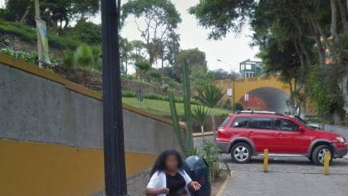 Mann entdeckt Frau auf Google Maps und lässt sich sofort scheiden