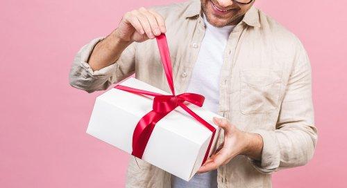 10 lustige Geschenk-Ideen für Männer