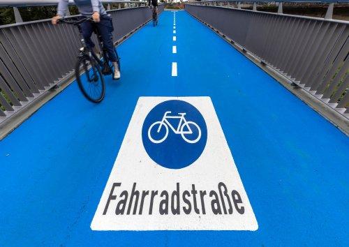 E-Bike auch im Winter: Erste deutsche Stadt will Fahrradbrücke beheizen