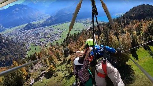 Paragliding-Lehrer vergisst Schüler festzugurten - Kamera filmt unfassbare Szenen