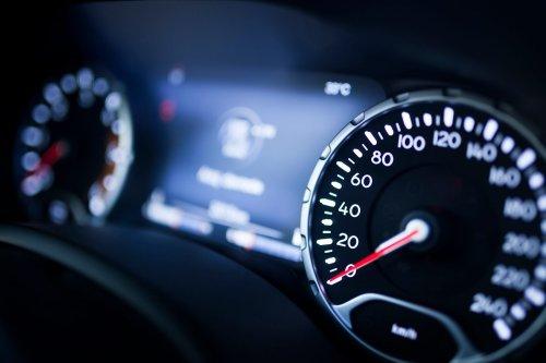 Nächster Auto-Hersteller führt Tempo-Bremse ein