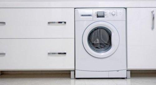 L'astuce simple pour nettoyer sa machine à laver avec du bicarbonate de soude