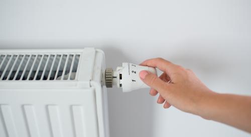 Facture d'électricité : est-ce plus économique d'éteindre ou de laisser son chauffage en pleine journée ?