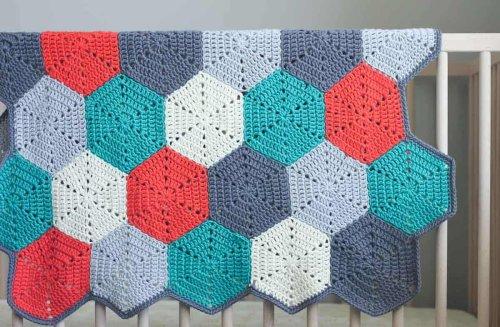 """Happy Hexagons"" Free Crochet Afghan Pattern » Make & Do Crew"