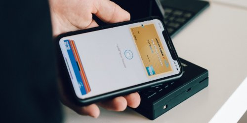 What Is Apple Wallet and How Do You Use It?