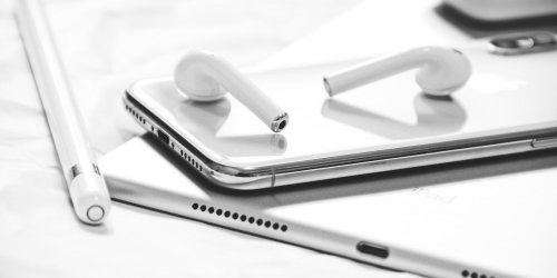 Are Apple AirPods Worth Your Hard Earned Cash?