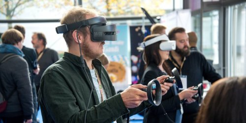 An Introduction to VR Gaming: Everything You Need to Know