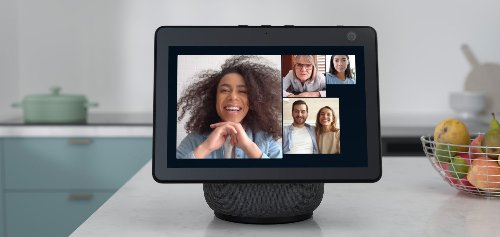 The Amazon Echo Show 10 Now Supports Zoom Meetings