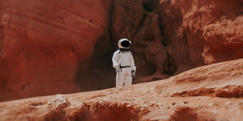 The Best Sites, Apps, and YouTube Channels for Learning About Mars